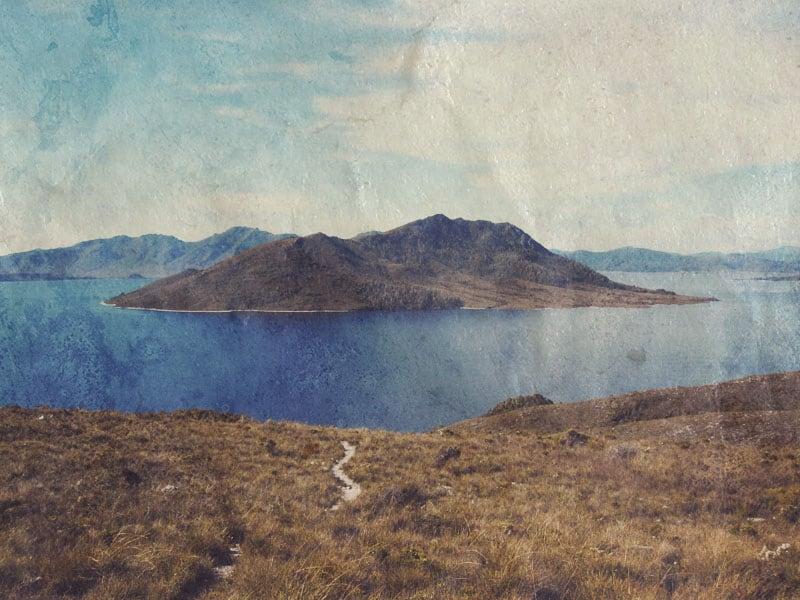 Lake Pedder Tasmania (photographer - Luke Summers)